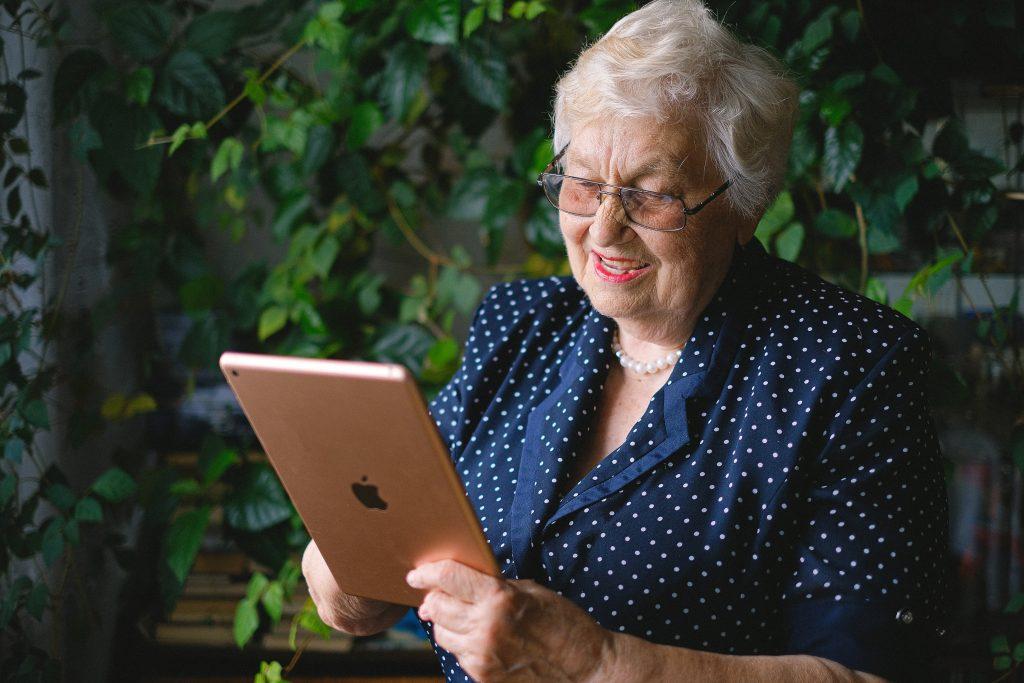 Virtual Volunteering on the phone